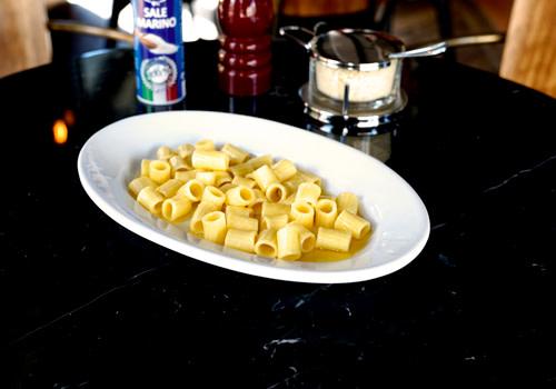 Maccheroncini mit Butter