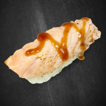 91 Sake Tataki Nigiri