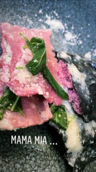 Ravioli Rote Beete Spinat mit Ricotta in Butter Salbei