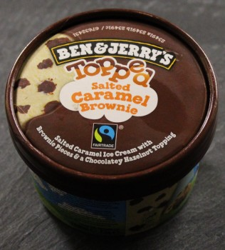 BEN AND JERRY'S MINI TOPPED SALTED CARAMEL BROWNIE 100 ml