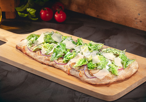 Pinsa Caesar Salad