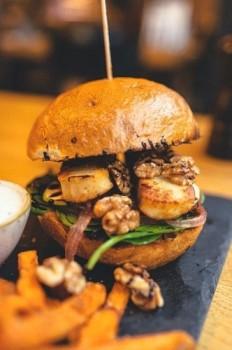 Osmanya Burger