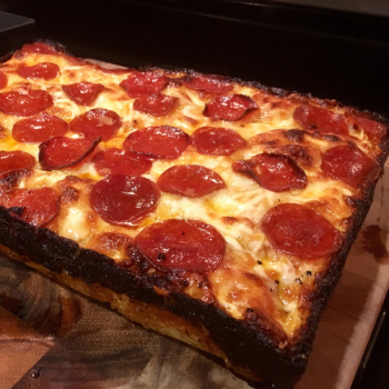 Detroit Style Peperoni ´N´ Cheese 25x35cm