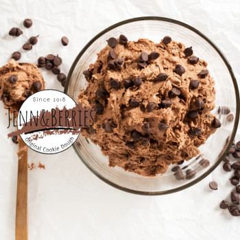 Jenn & Berries Cookie Dough