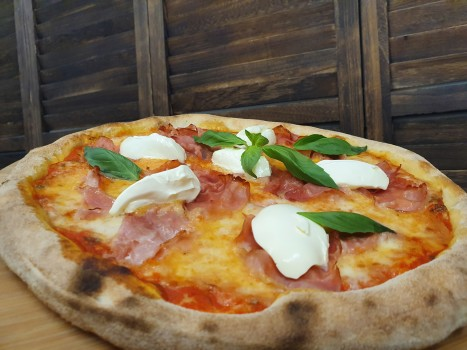 Pizza Prosciutto e Mascarpone