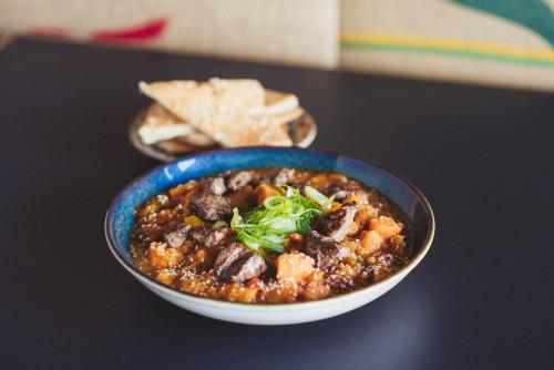 Indisches Rote Linsen Curry Rindfleisch