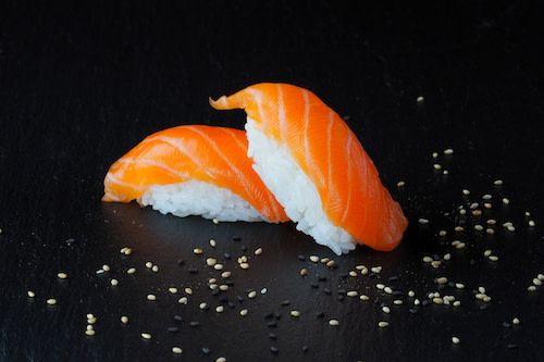 Sake Nigiri (2 Stück)