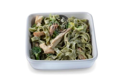 Tagliattelle mit Brokkoli & Chicken