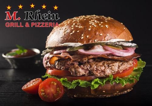 Giant Beef Burger  mit Brezel-Brioche
