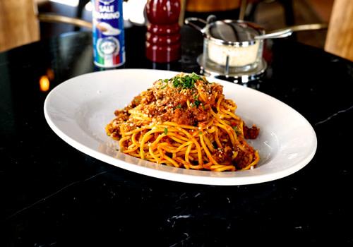 Spaghetti Chitarra Ragù alla Bolognese