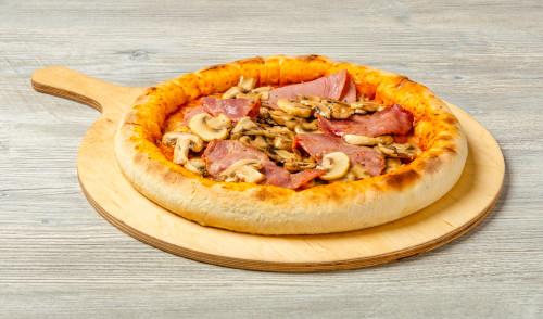 Pizza Funghi Prosciutto