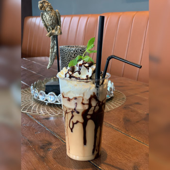 """7. Caffee Freddo """"I`m in love with the Coco"""""""