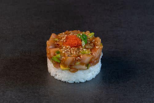 Hamachi Tatar (spicy)