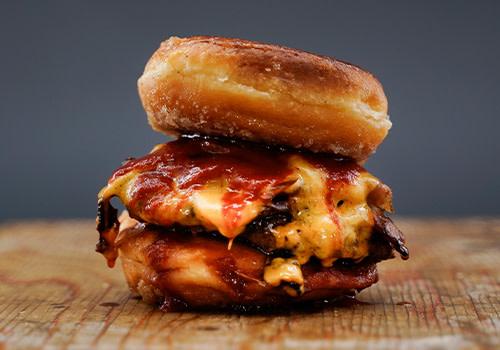 Candy Bacon Burger (big)