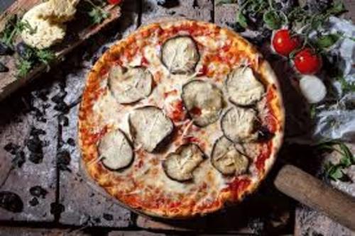 Pizza Regina (klein)