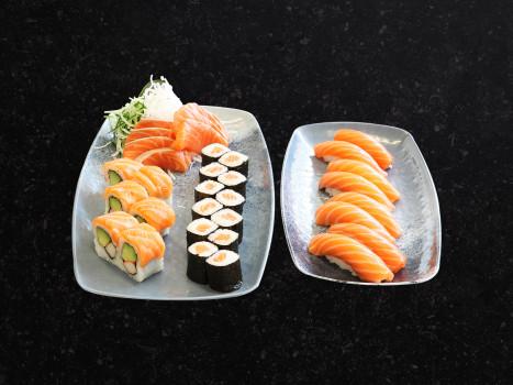 Salmon Deluxe Sushi Box (34 Stk.)