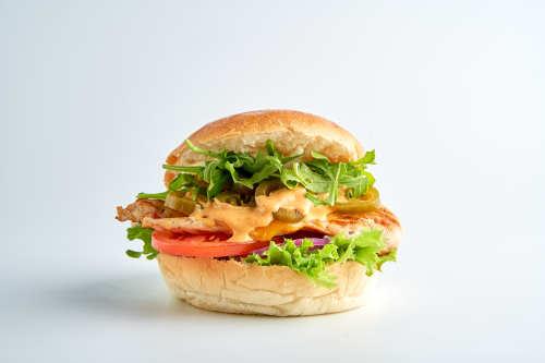 Ip Man-Hot Grill Chicken Cheese Burger