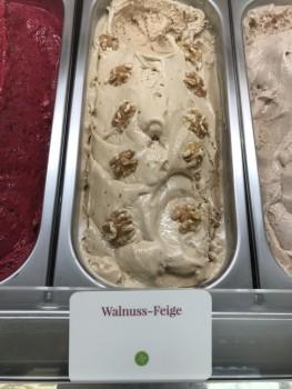 Walnuss-Feige Eis