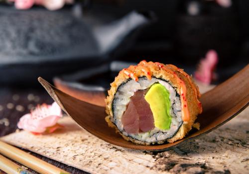 Crunchy Tuna (mit Avocado) (45)