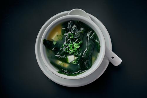 Miso Suppe mit Lachs