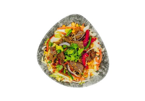Salat-Bowl mit Rind
