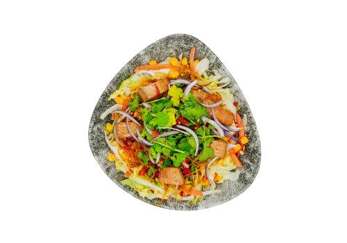 Salat-Bowl mit Jackfrucht
