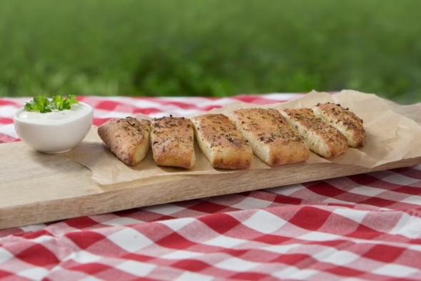 Bread Strings mit italienischen Kräutern