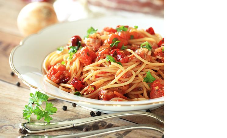 Spaghetti mit Tomaten-Basilikum-Sahnesauce<sup>F</sup>