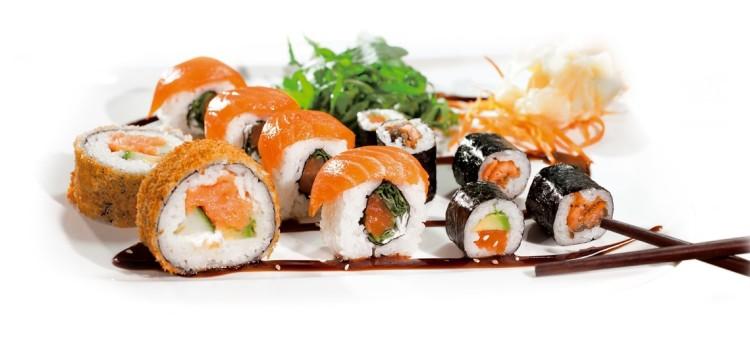 Salmon Mix Menü - 24 Stück