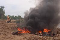Burn the tire against Prek Phnov...