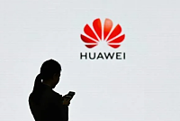US hangs Huawei for 90 days