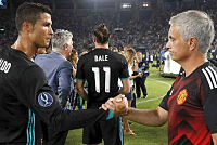Ronaldo told Jose Mourinho to come to...
