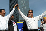 Rainsy calls on common people to drop...