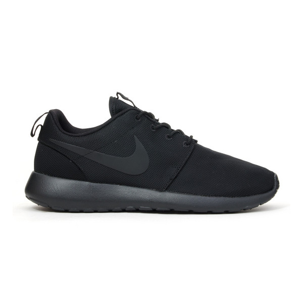 Roshe Run Triple Black