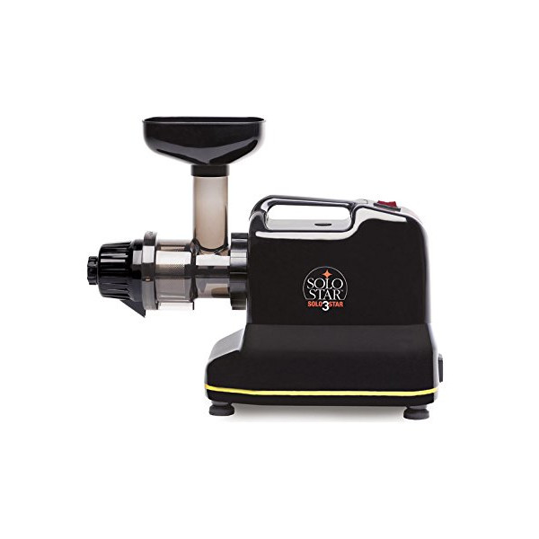SoloStar III Single-auger Juicer Black + UK Plug