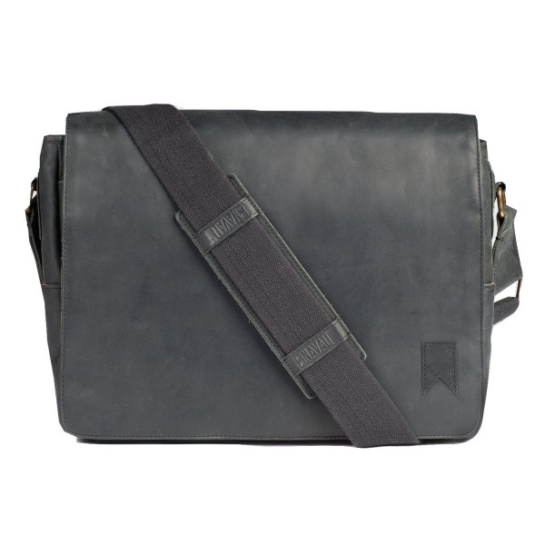 Navali Leather Mainstay Messenger Bag (Black)