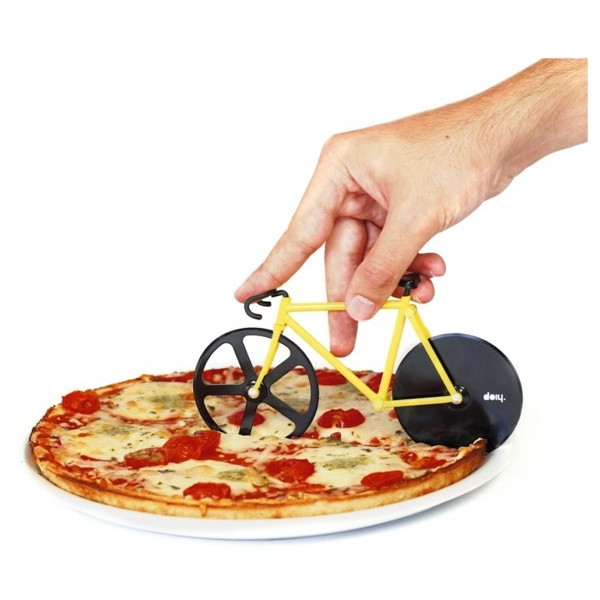 Fixie Black/Yellow Pizza Cutter