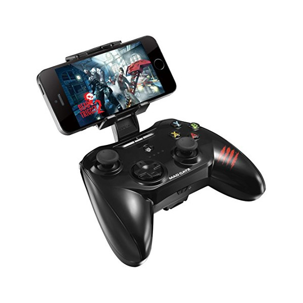Mad Catz C.T.R.L.i Mobile Gamepad Made for Apple iPod, iPhone, and iPad  - Black