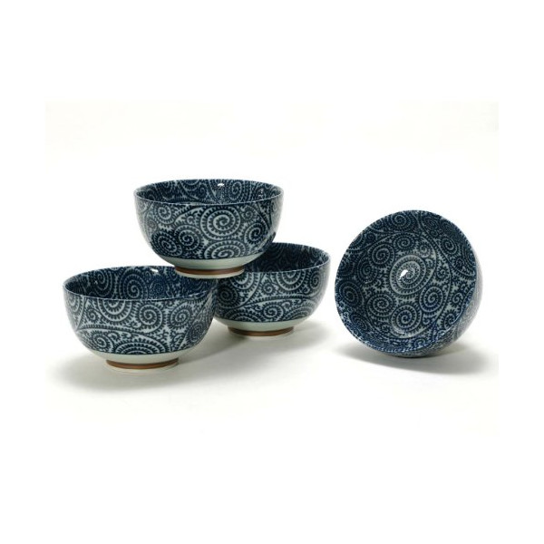 Japanese Takokarakusa Bowl Set includes 4 Bowls