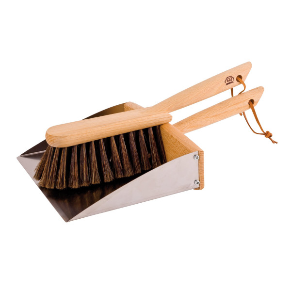 Bürstenhaus Redecker Horsehair Hand Brush and Dust Pan Set with Oiled Beechwood Handles with Magnet, 14-1/8-Inches