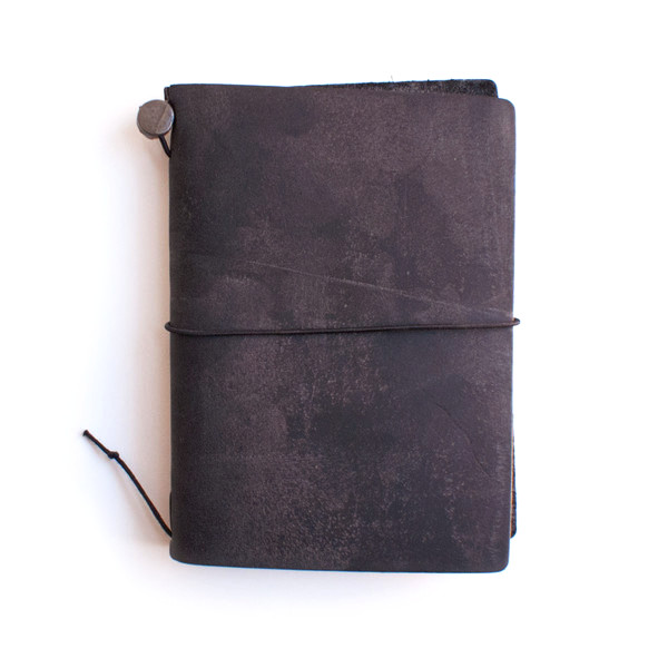 Midori Traveler's Notebook Journal Passport Size, Black