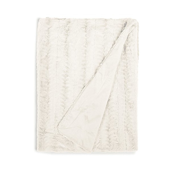 Cathay Home Lofty Luxe Faux Fur Blanket, Full/Queen, Cream