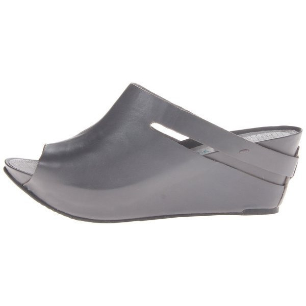 TSUBO Women's Ovid Wedge Sandal, Elephant