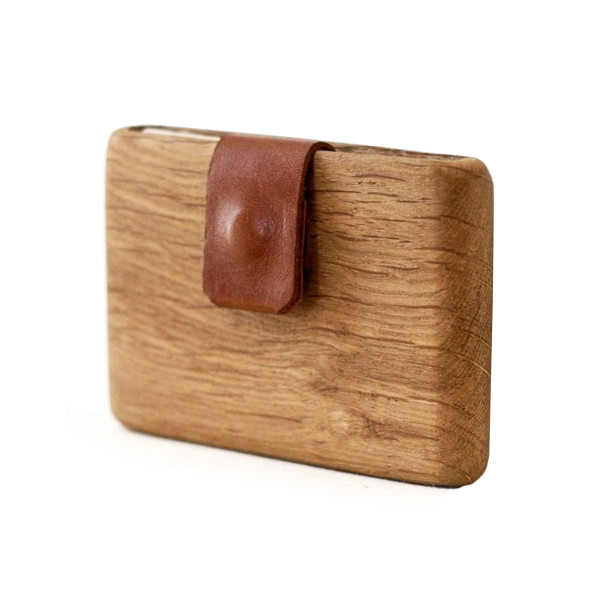 Oak Wood Wallet with Leather Pull-Out Strap