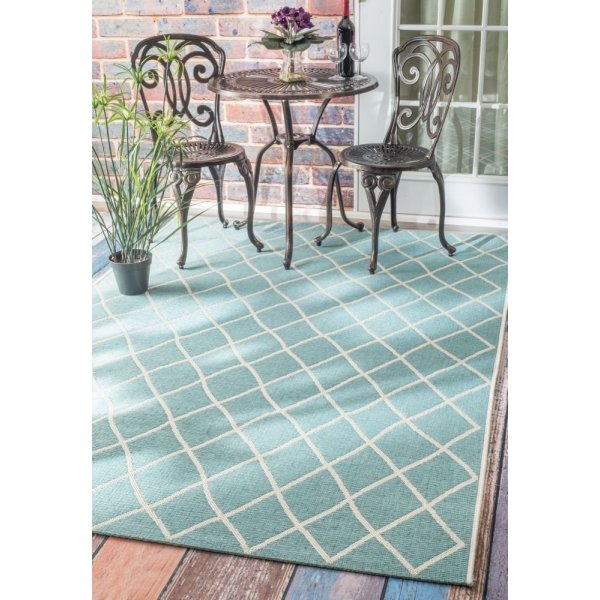 "Contemporary Indoor/ Outdoor Moroccan Trellis Turquoise Rug, (5' 3"" x 7' 6"")"