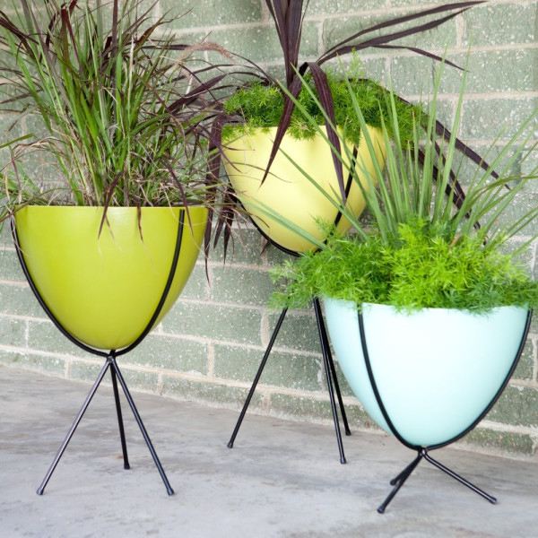 Hip Haven Retro Bullet Fiberglass Planter with Steel Stand