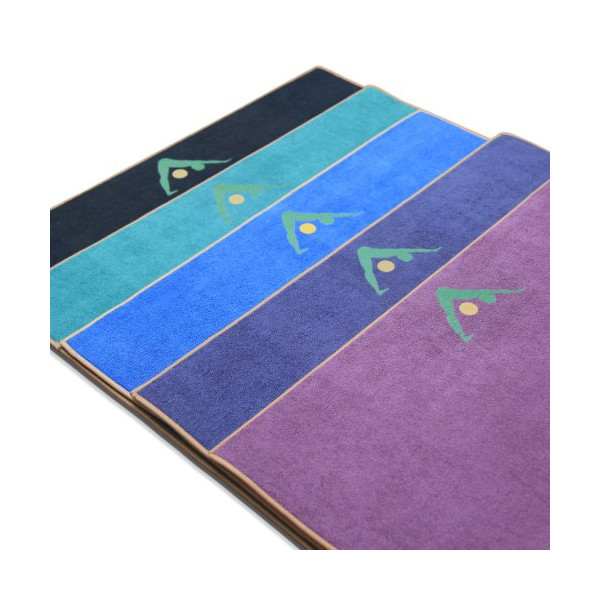 Aurorae Non Slip 2-in-1 Yoga Mat with Integrated Towel, 72-Inch
