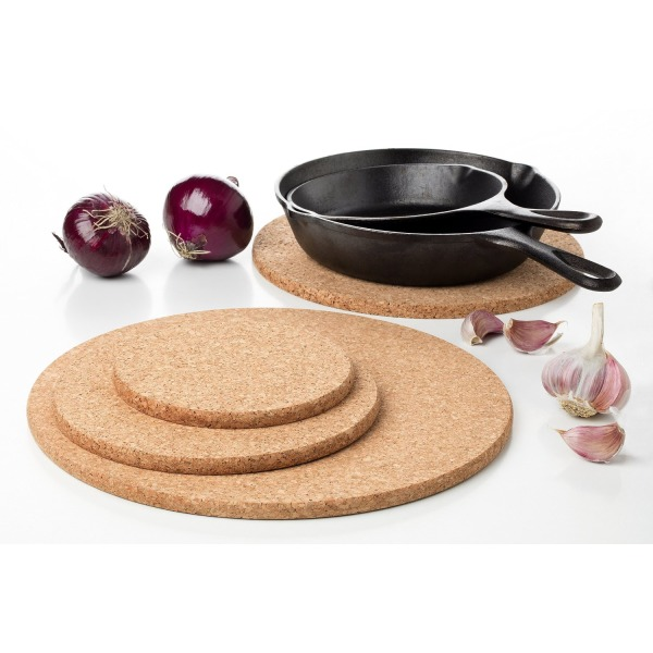 Large Pack of 4 Round Cork Trivet Kit for kitchen Set heat pads hot pot - 100% Quality Portuguese Cork - Without additives - Sizes 11.8 Inches + 9.8 Inches + 7.8 Inches + 5.9 Inches