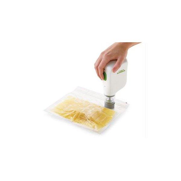 FoodSaver FSFRSH0051 FreshSaver Handheld Vacuum Sealing System, White
