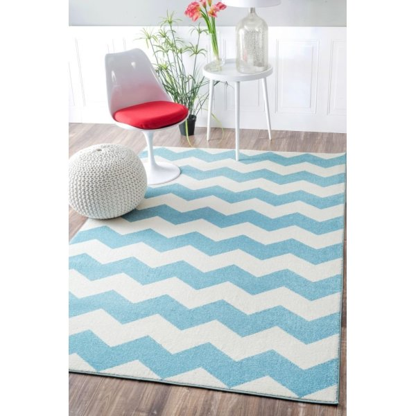"Contemporary Chevron Vibe Zebra Light Blue Rug, (5' 3"" x 7' 9"")"